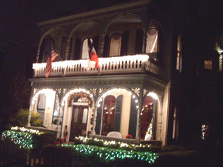 Coppersmith Inn all decorated for the holidays